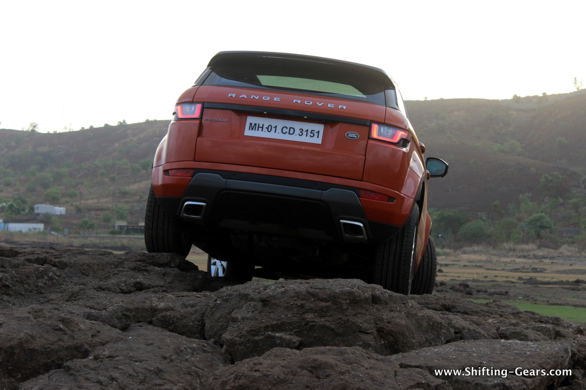 range-rover-evoque-facelift-review-26