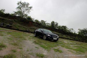 2016-jaguar-xj-l-review-07