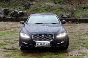 2016-jaguar-xj-l-review-10