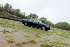 2016-jaguar-xj-l-review-14