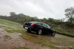 2016-jaguar-xj-l-review-22
