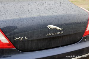 2016-jaguar-xj-l-review-46