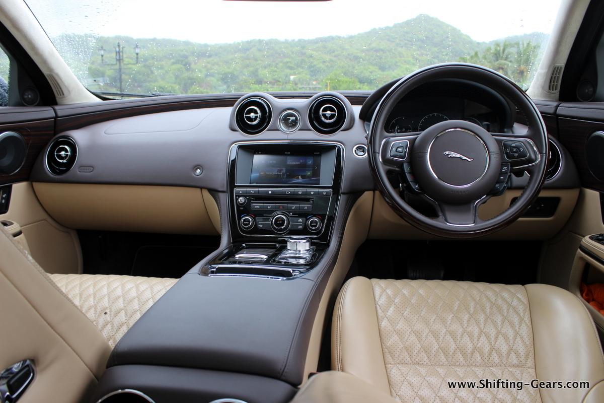 2016-jaguar-xj-l-review-49