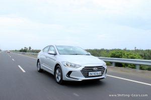 2016-hyundai-elantra-india-review-35