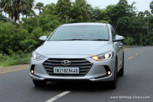 2016-hyundai-elantra-india-review-40