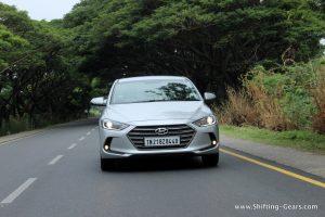 2016-hyundai-elantra-india-review-45