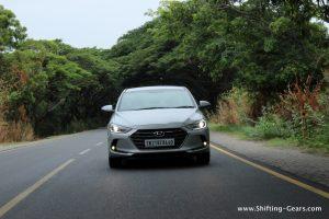 2016-hyundai-elantra-india-review-46