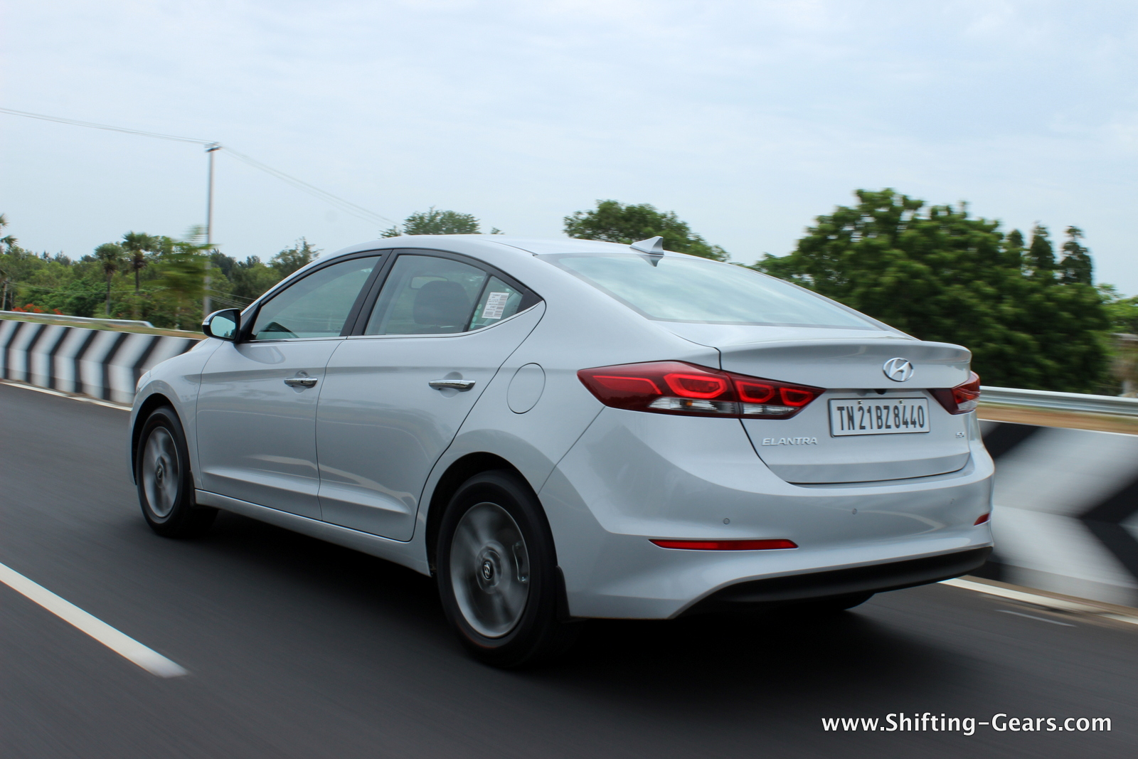 2016 Hyundai Elantra Review Ratings Specs Prices And ...
