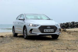2016-hyundai-elantra-india-review-53