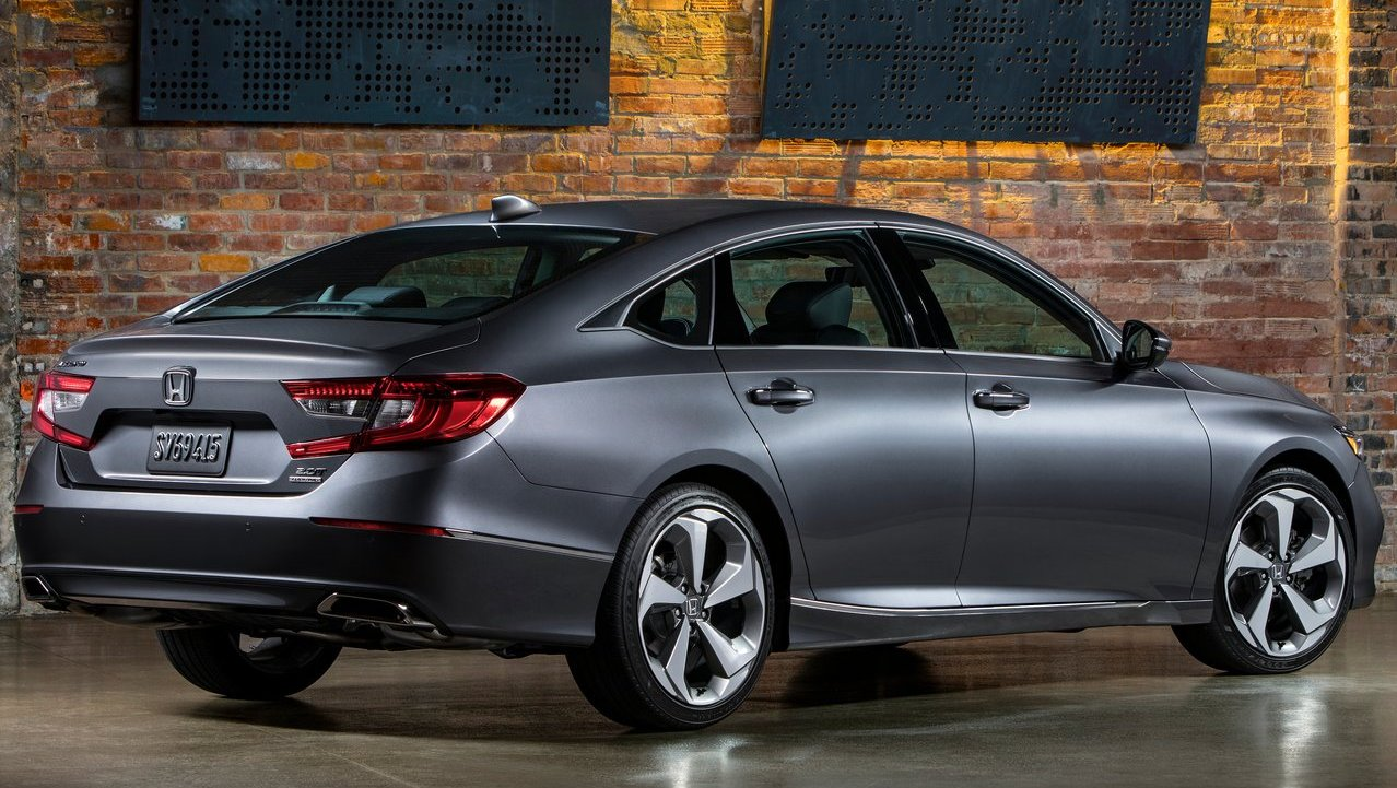 Honda Accord Sport Price >> 2018 10th generation Honda Accord revealed | Shifting-Gears
