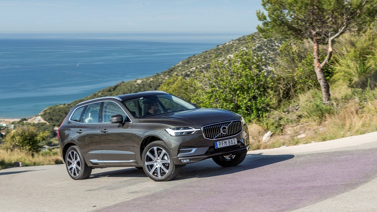 new volvo xc60 launched in india for inr 55 9 lakh shifting gears. Black Bedroom Furniture Sets. Home Design Ideas