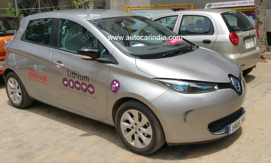 Renault Zoe Test >> Renault Zoe Electric Car Spotted Testing In India Shifting
