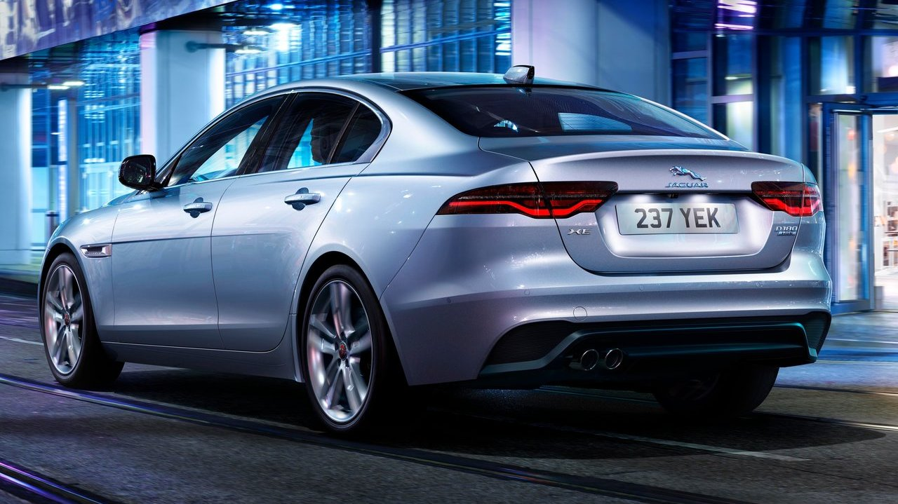 Cars On Line >> 2020 Jaguar XE facelift revealed, will come to India ...