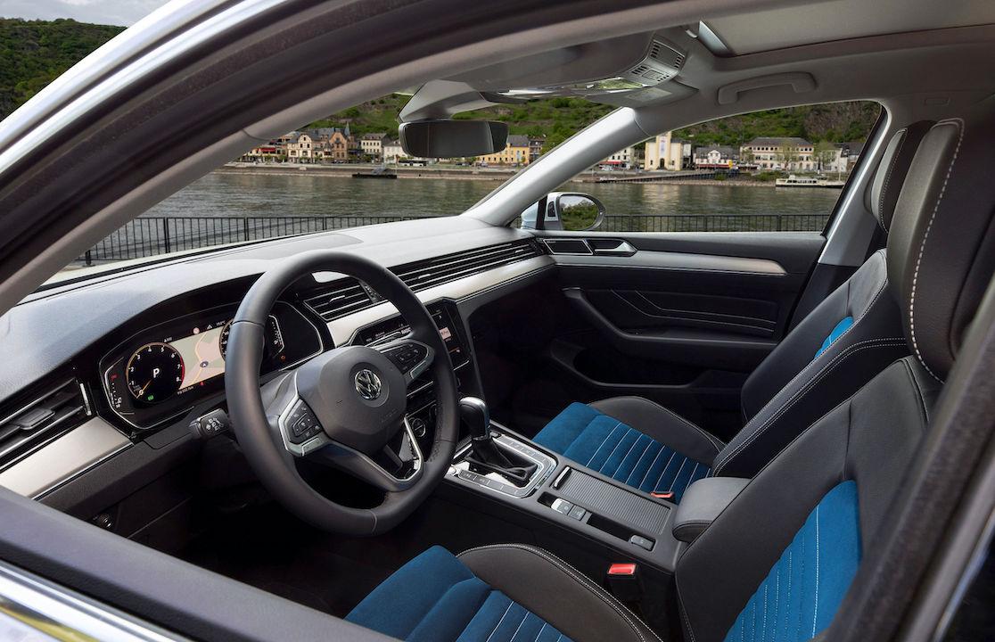 volkswagen passat facelift spotted testing returning to