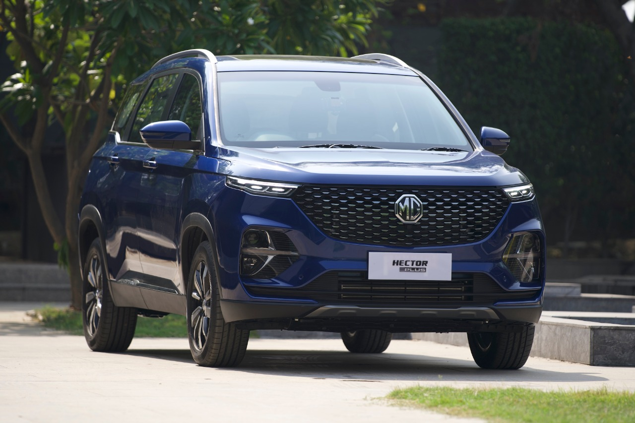 MG Hector Plus 6 Seater Review