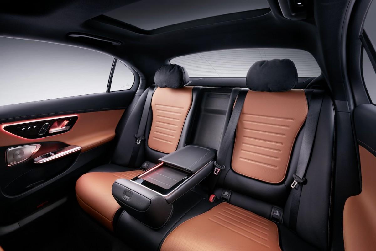 Mercedes-Benz C-Class L Back Seat