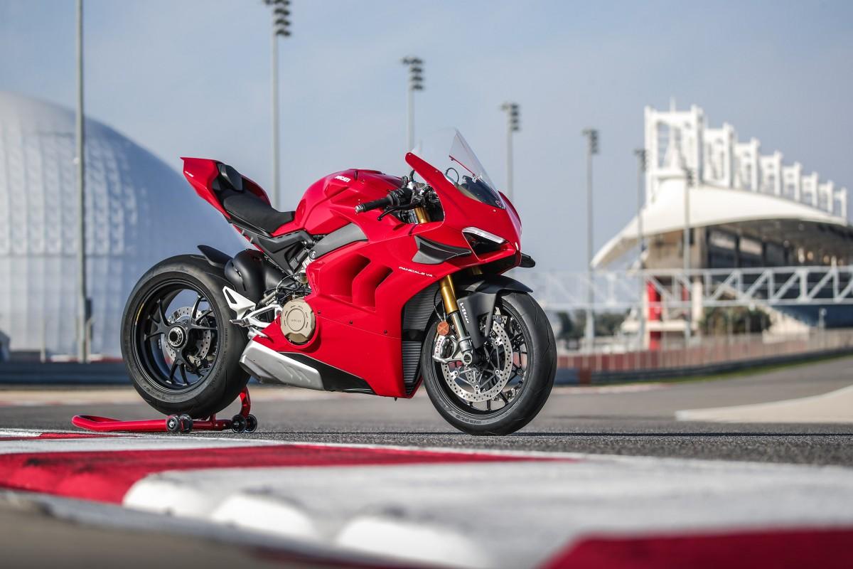 Ducati Panigale V4 - Still on Race Track