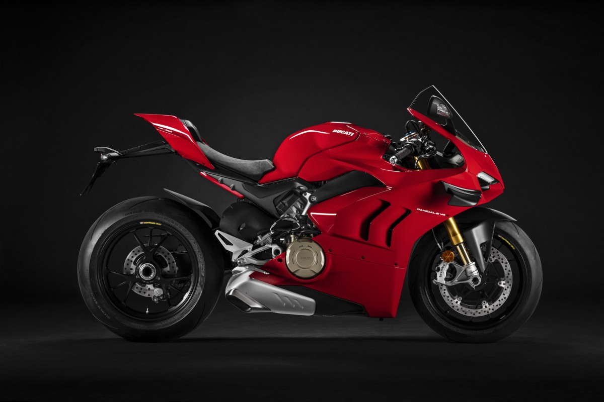 Ducati Panigale V4 - Side View